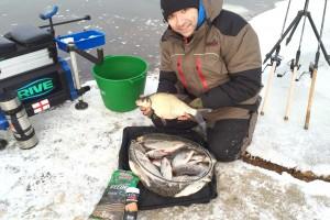 Подготовка к ловле фидером при экстремально-низких температурах.